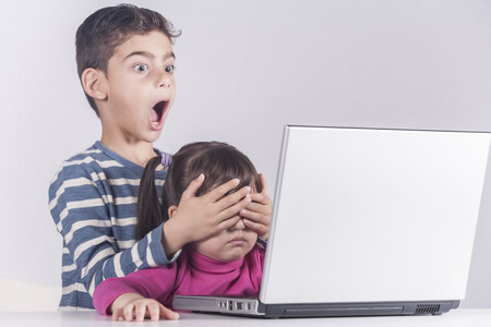 10 Tips on Internet Safety for Kids That Parents Should Know