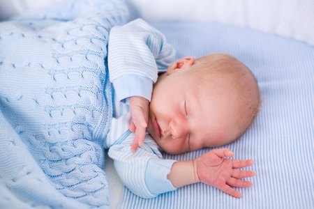 Hiccups in Babies – How to Get Rid of